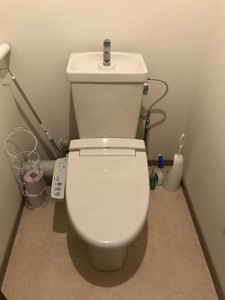 静岡県三島市でオモチャが落下してトイレのつまりが発生したお客様のトイレを修理しました