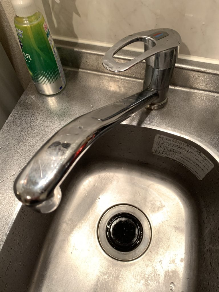 焼津市でキッチンの混合水栓水漏れトラブルを解決しました。